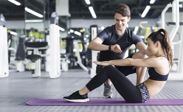 運動する男女画像検索結果