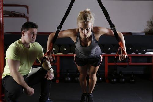 トレーニングする男女2人画像検索結果2