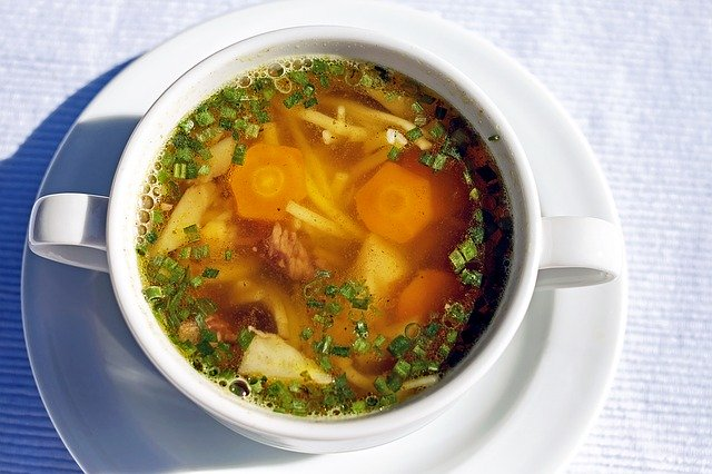 カップに入ったスープの画像